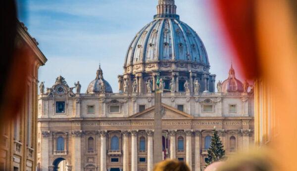 Watykańska instrukcja o parafiach na służbie ewangelizacji
